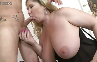 उसकी प्रेमिका एक औरत सेक्सी मूवी फुल एचडी सेक्सी मूवी फुल एचडी पर टैटू के साथ जवान औरत